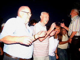 Auch die ältere Generation feierte beim Altmain-Weinfest tüchtig mit