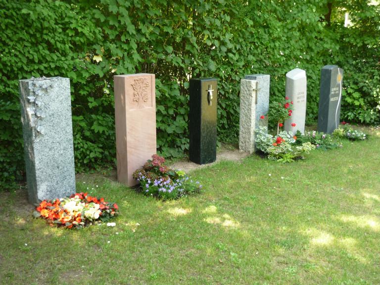 Friedhof Urnen